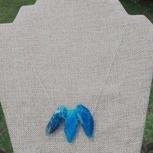 Gorgeous turquoise stone necklace